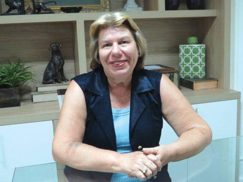 A médica do trabalho e pediatra Dra. Vanda Terezinha Vasconcelos, presidente da Sociedade Fluminense de Medicina e Cirurgia (SFMC)