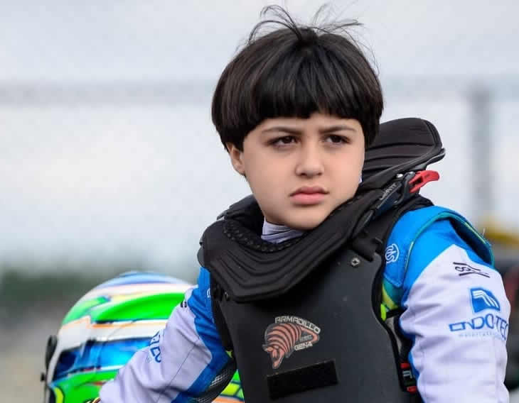 Read more about the article Jovem piloto campista se destaca no automobilismo nacional