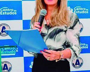 Betina Britto, Vice-diretora do Colégio Centro de Estudos