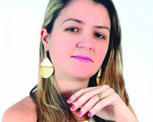 A cirurgiã dentista Dra. Nathália Brandão