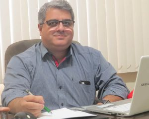 O médico psiquiatra Dr. Leonardo Bacelar, Diretor da Clínica Proteus, que é especializada em medicina ocupacional e engenharia de segurança do trabalho