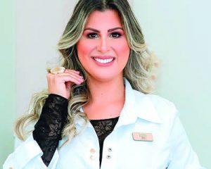 A cirurgiã dentista especialista em ortodontia, Dra. Ludymila Baptista