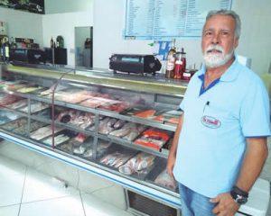 Celso Manhães, proprietário da Peixaria Vilamar