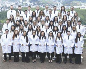 Turma 001 do curso de Medicina chega à tão sonhada formatura e atesta a excelência da UniRedentor/Afya