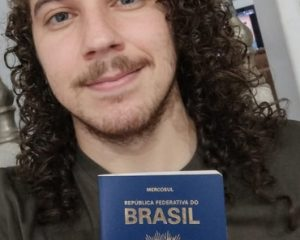 Ângelo da Silva Santos sempre estudou em escola pública